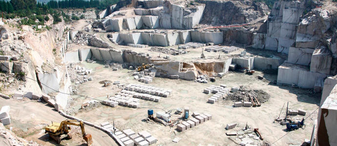Important Production of Natural Stone with own Quarry – SPAIN